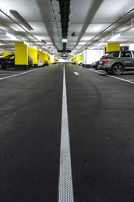 Parkhaus Donauzentrum